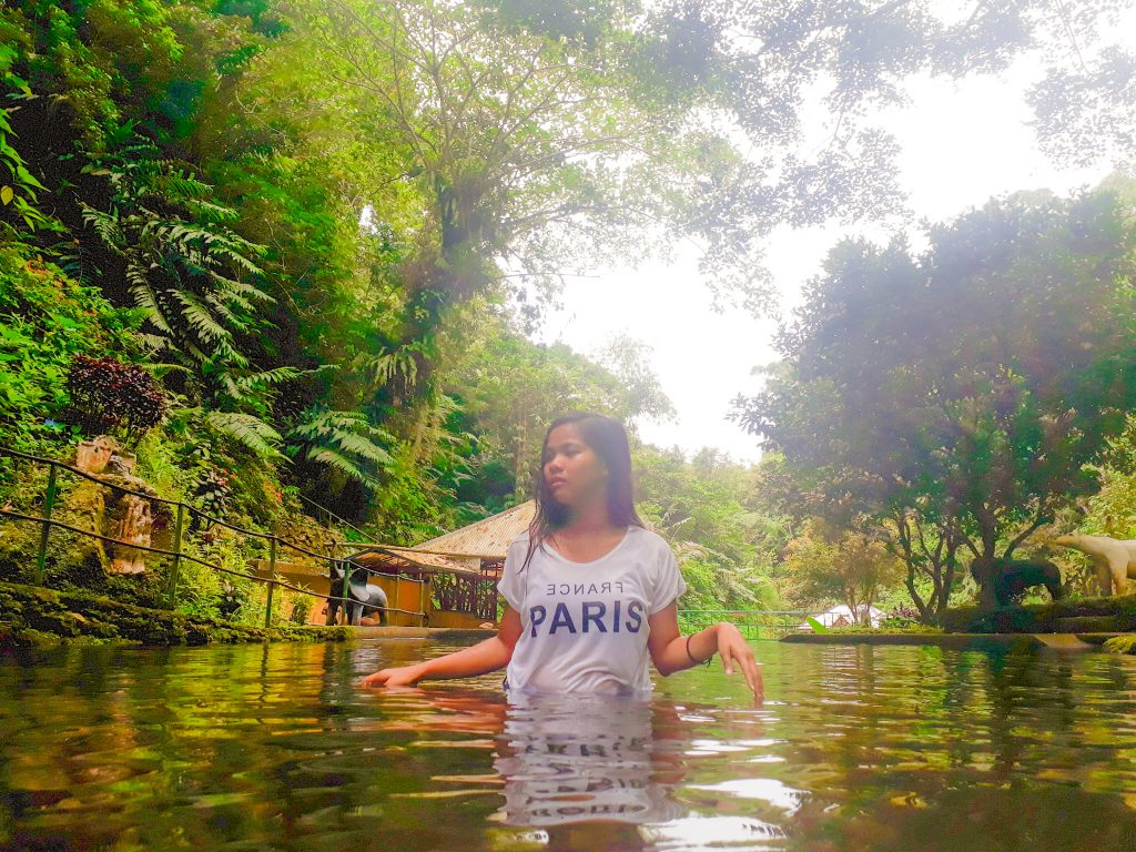 "ALT=""batis spring in quezon"""
