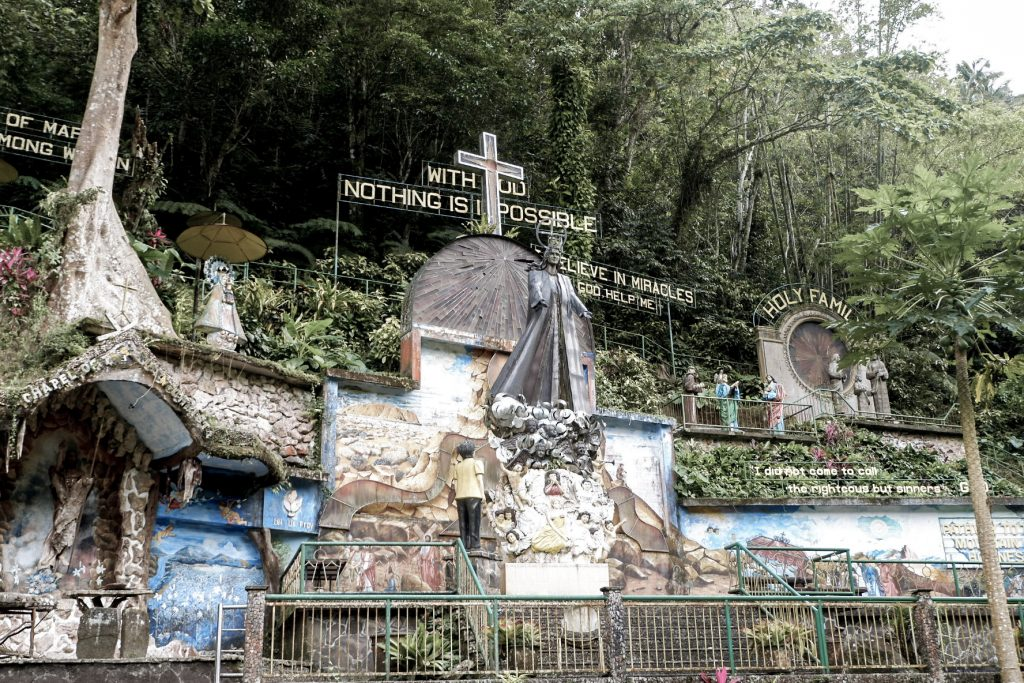 "ALT=""station of the cross quezon"""