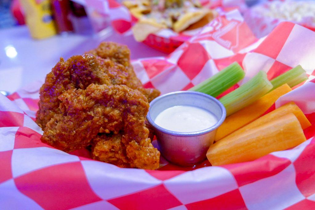 "ALT=""7twenty7 american diner and the chicken"""