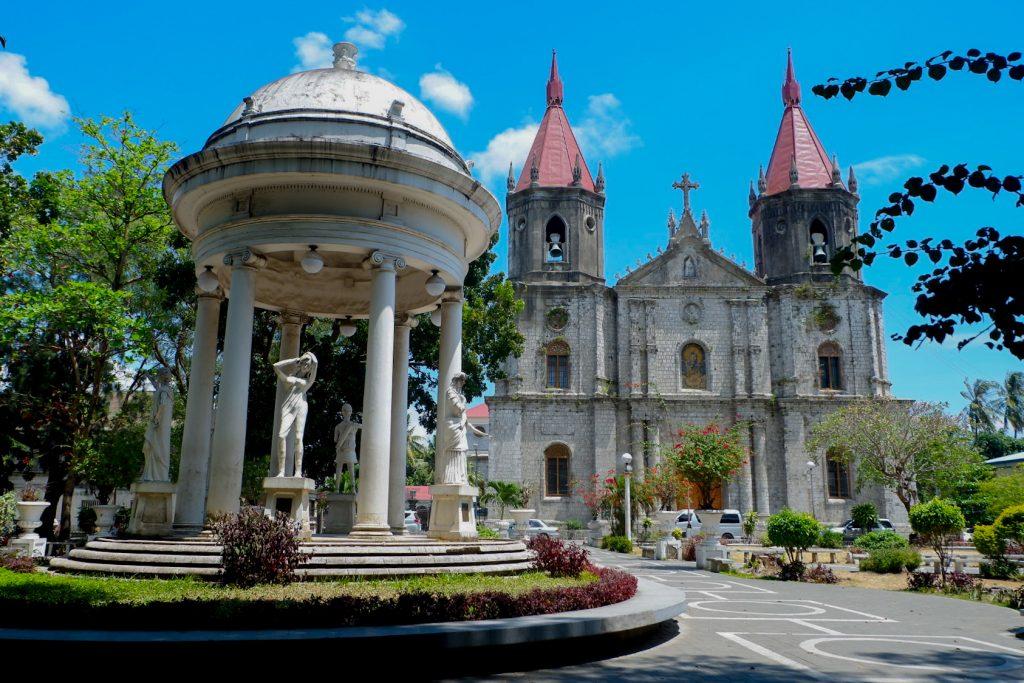 """ALT=""""churches to visit in iloilo pilgrimage"""""""