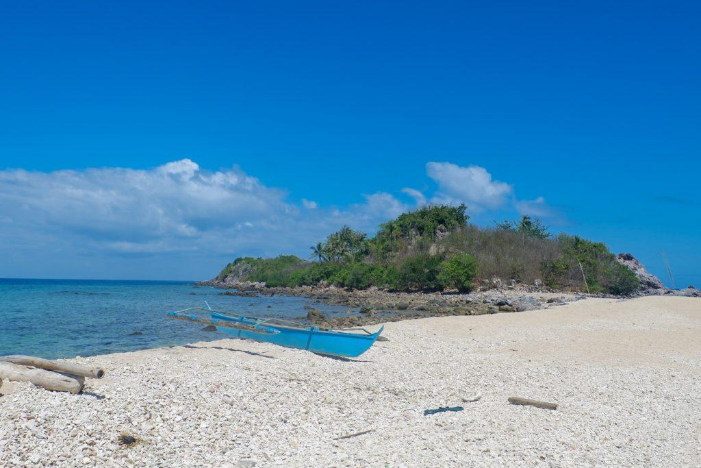 "ALT=""gigantes island and the antonia beach"""