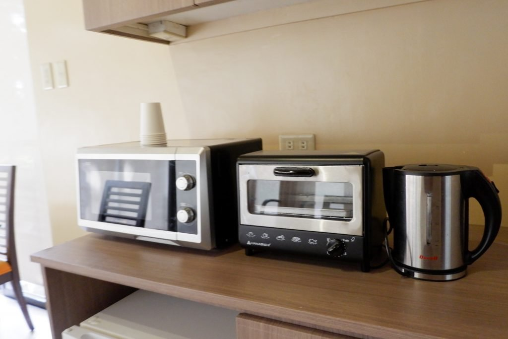 "ALT=""ovens that can be used inside shalom hotel"""