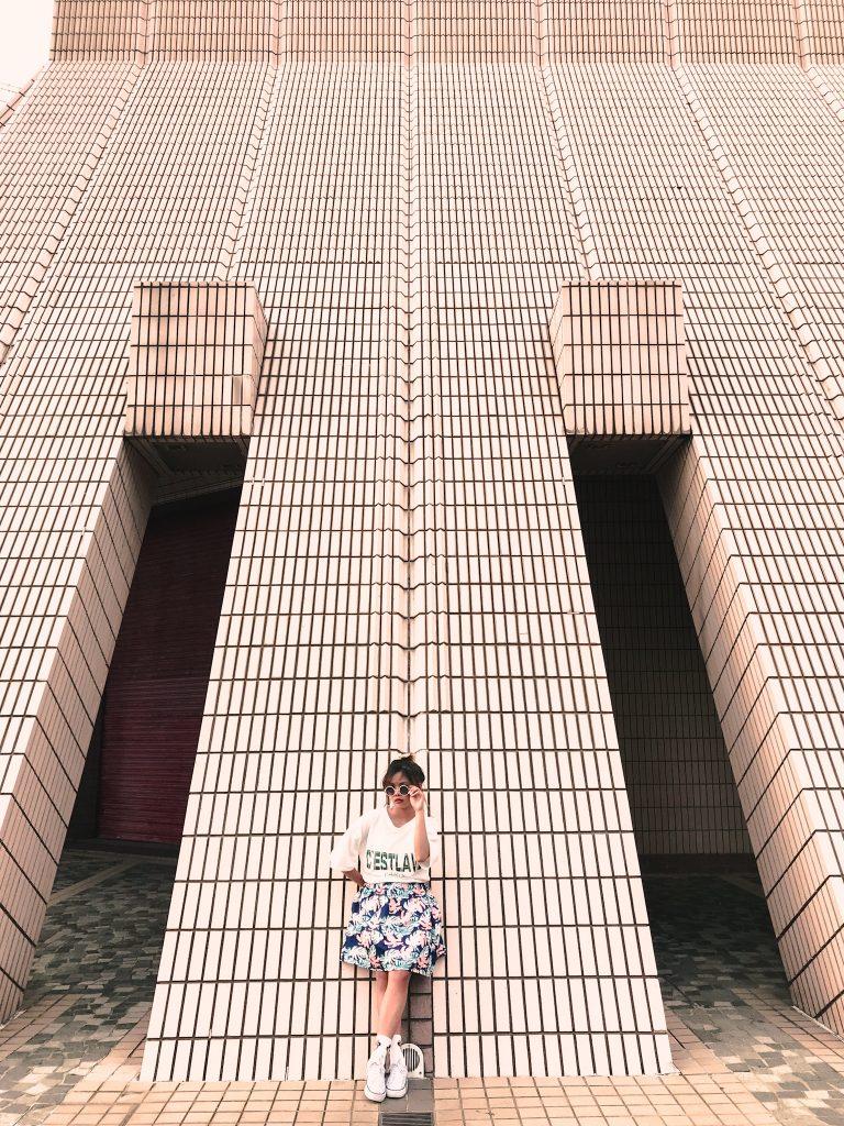 "ALT=""tsim tsa tsui hongkong and the cultural centre"""