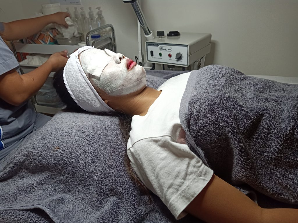 """ALT=""""skin and facial treatment with a gel mask"""""""