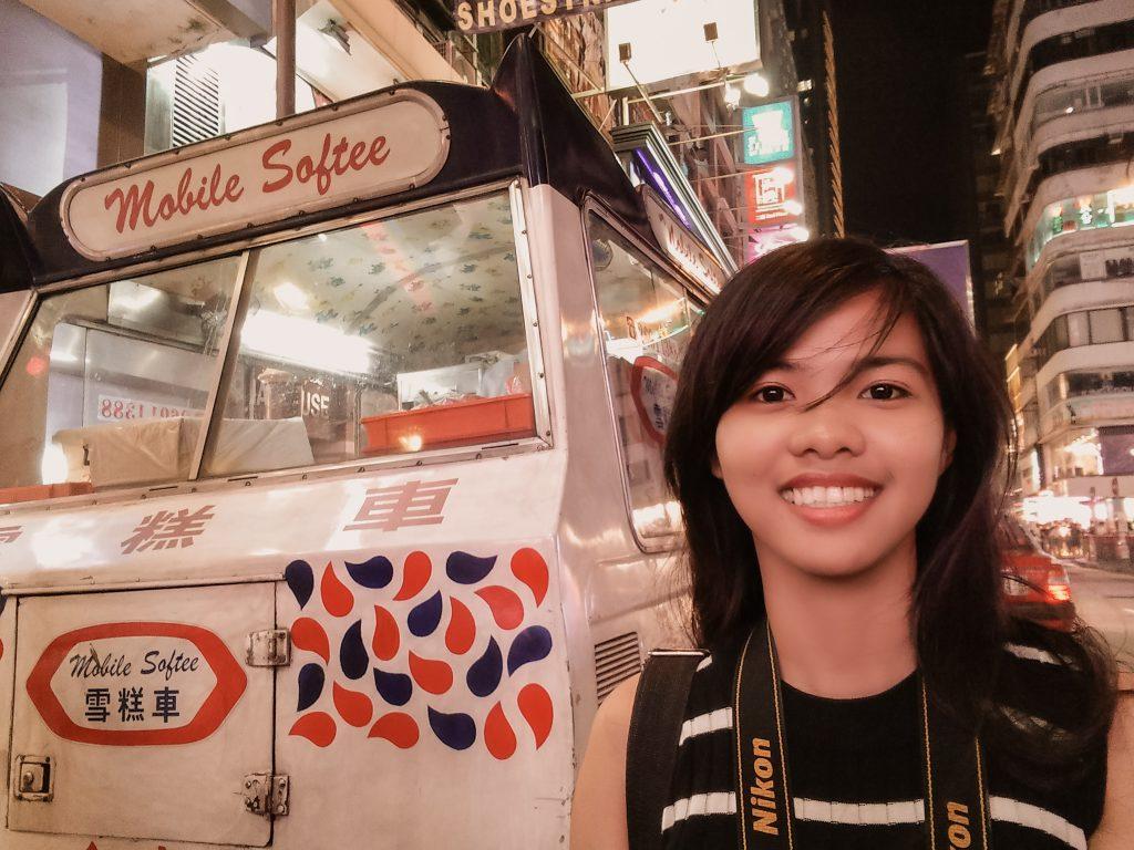 """ALT=""""tsim tsa tsui hongkong and the ice cream"""""""