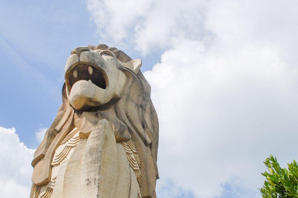 "ALT=""singapore travel guide merlion statue city"""