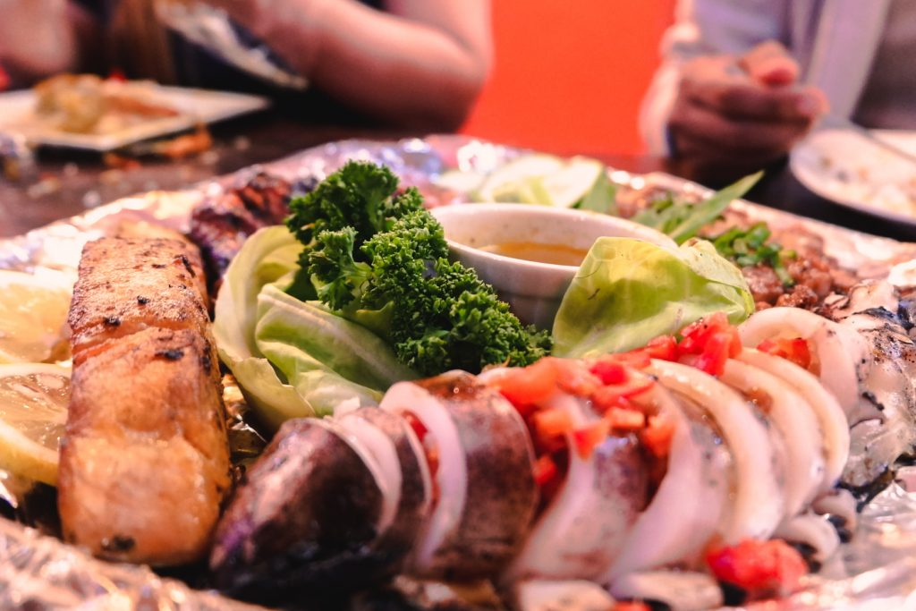 "ALT=""southside grill and its meat platter together with veggies"""