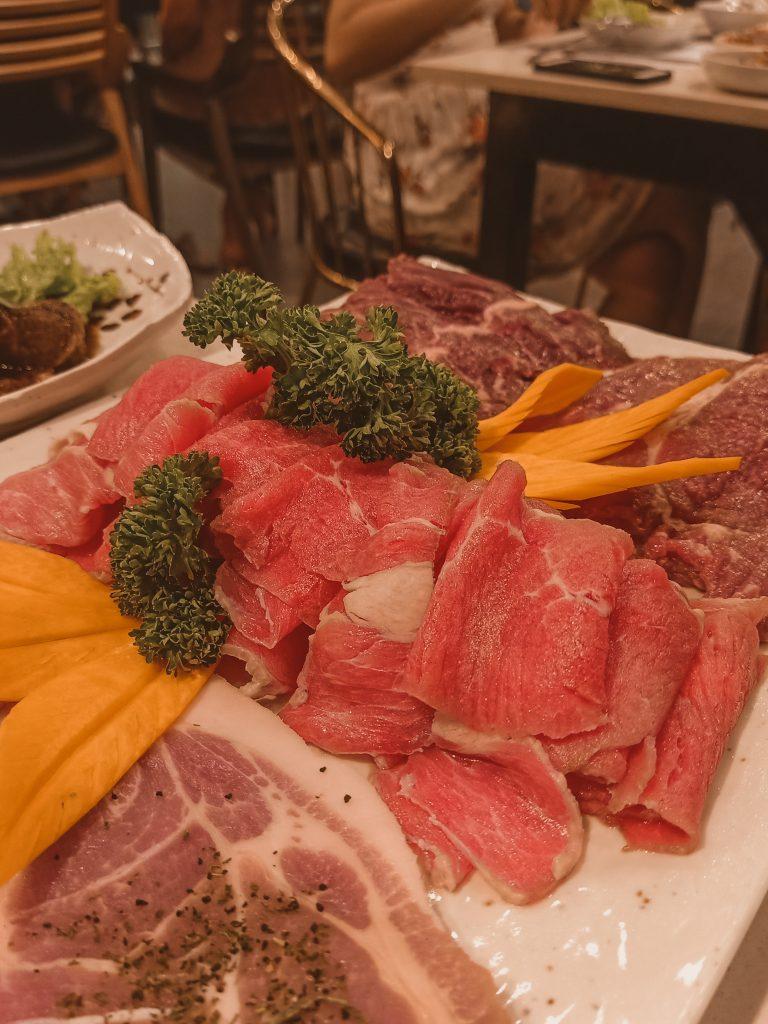 """ALT=""""unlimited korean meat fantastic baka manila"""""""