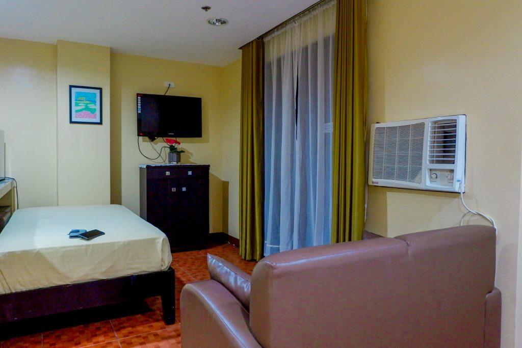 "ALT=""palmbeach resort & spa area of the deluxe room"""