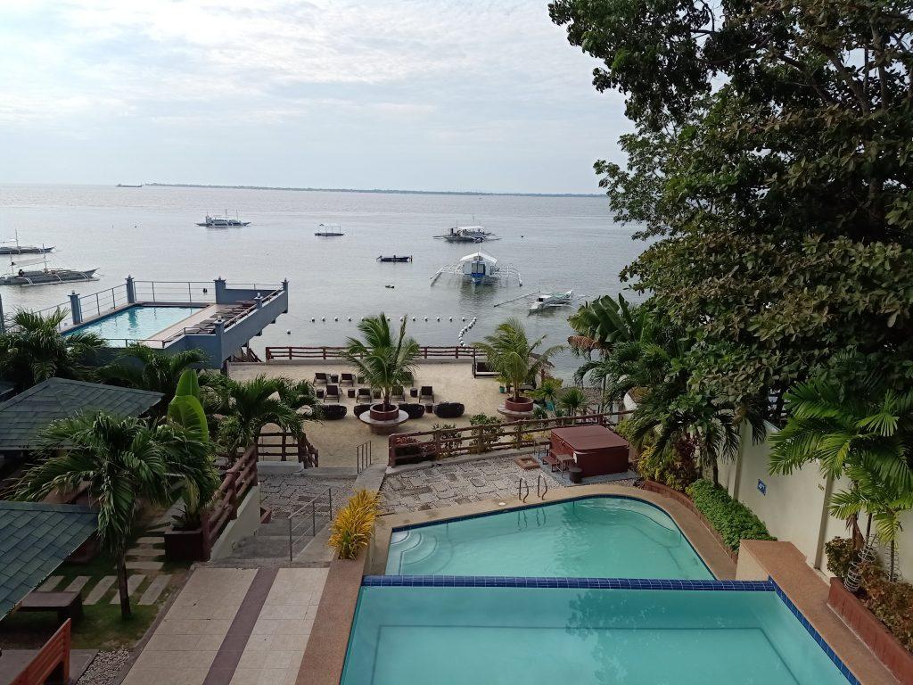 "ALT=""palmbeach resort & spa and the beach view"""