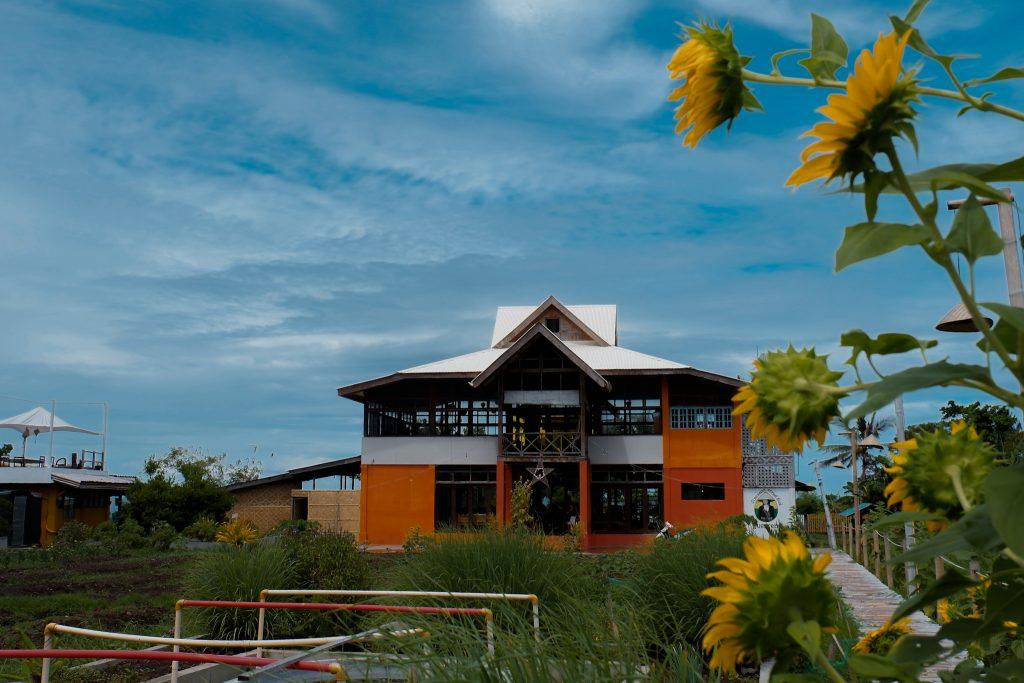 "ALT=""guerrera restaurant camiguin island"""