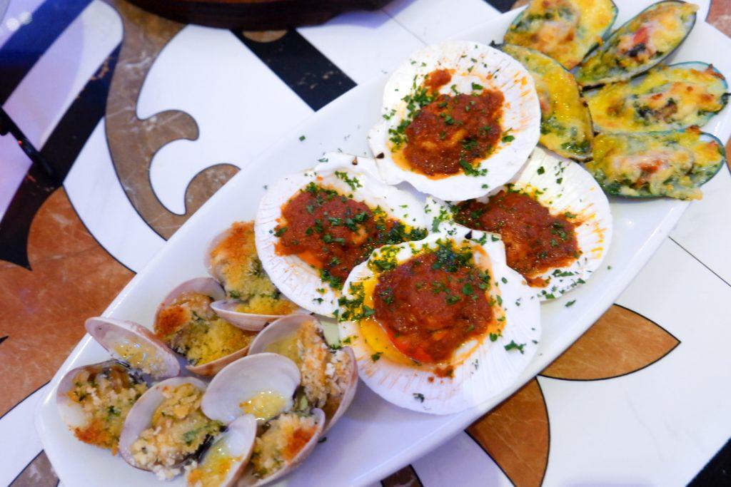 "ALT=""baked seashells scallops filipino seafood"""
