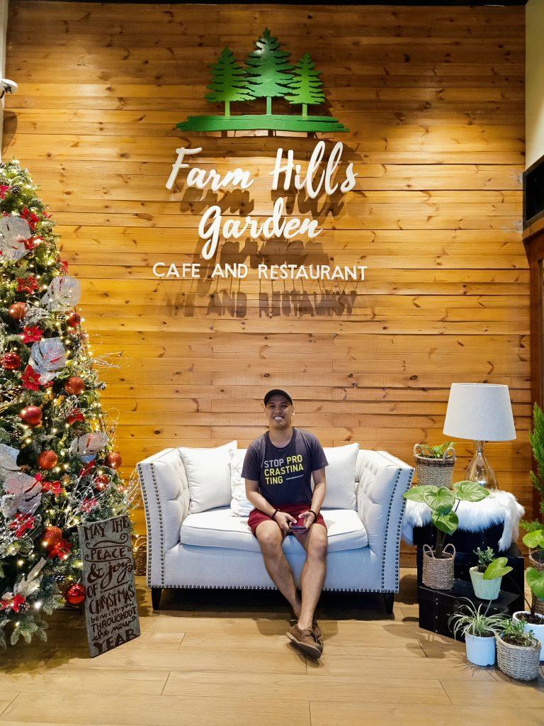 "ALT=""farmhills garden cafe restaurant"""